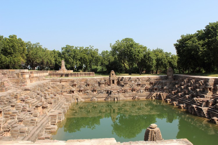 step well, 108 shrines, Modhera Sun Temple