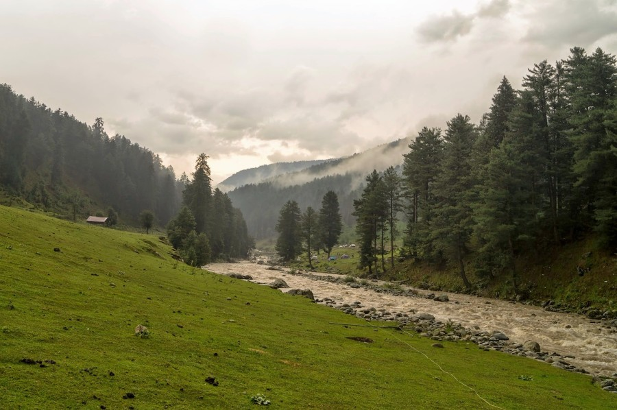 cottage, Pahalgam, River Lidder