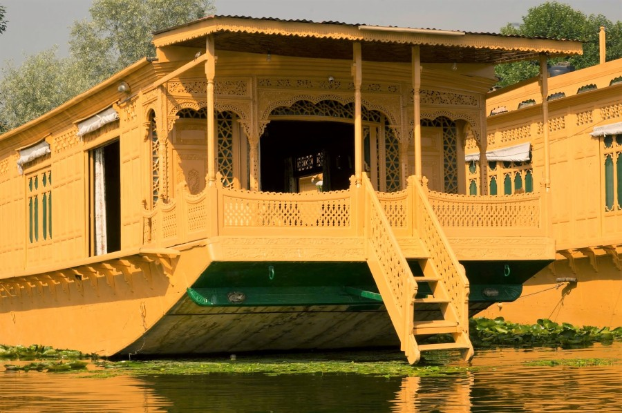 beauty, houseboat
