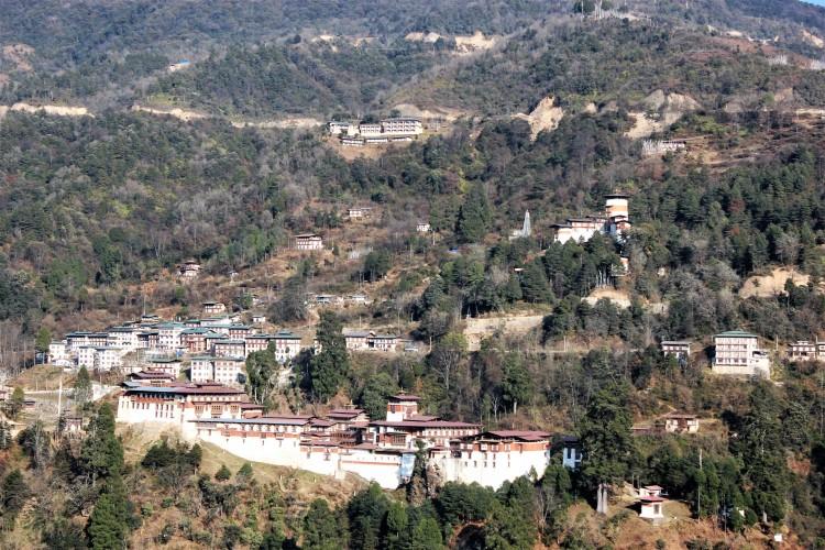 foreground, trongsa dzong, background, ta dzong museum