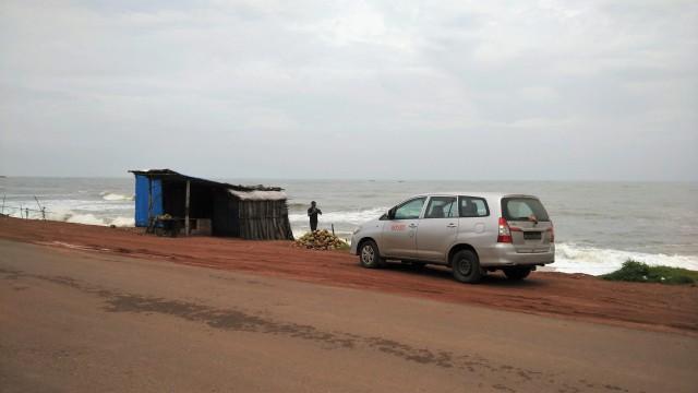 maravanthe beach, unknown, people, frolic, water, truck driver, punjab, bihar, northeast