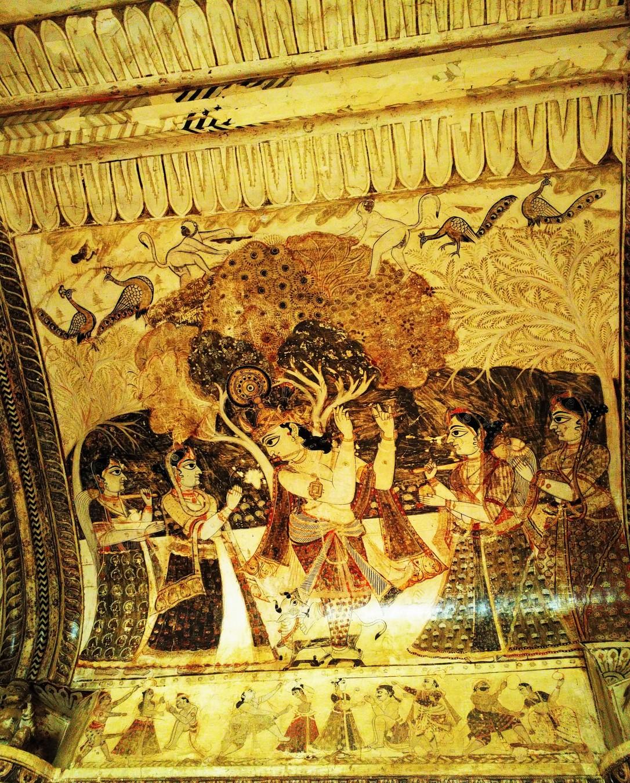 lord krishna, gopi, laxmi narayan mandir, orchha, madhya pradesh
