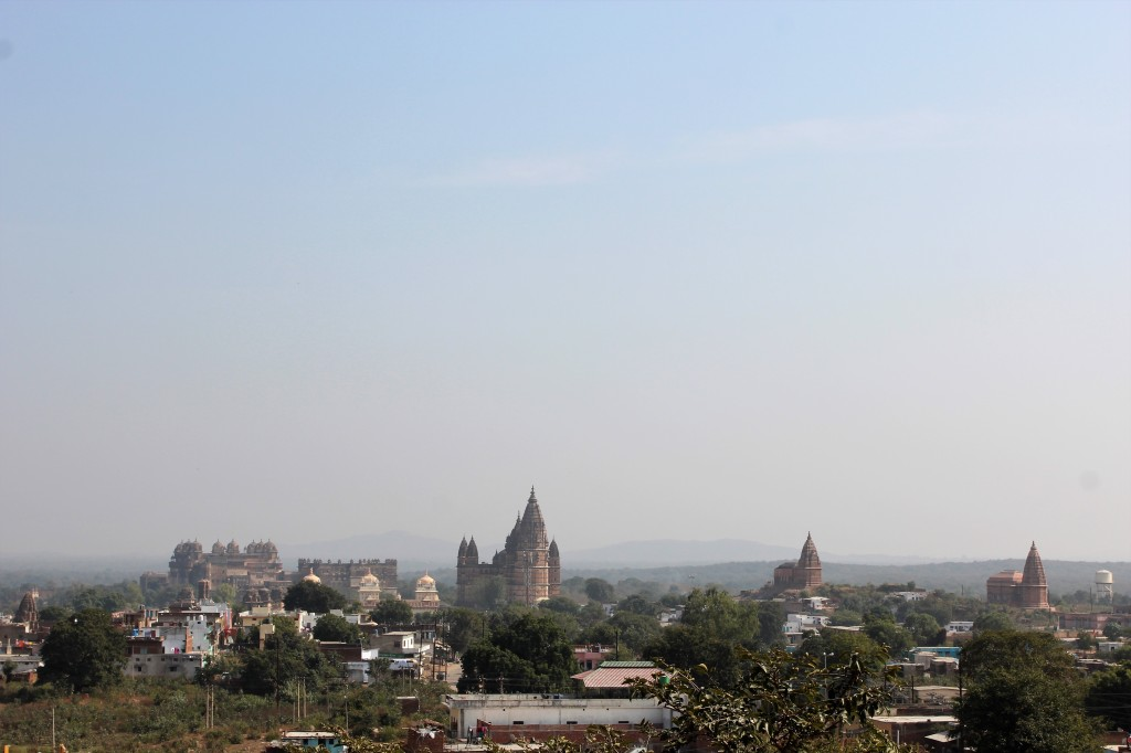 chaturbhuj mandir, tapering conical layout, exterior, decorate, lotus, orchha, madhya pradesh