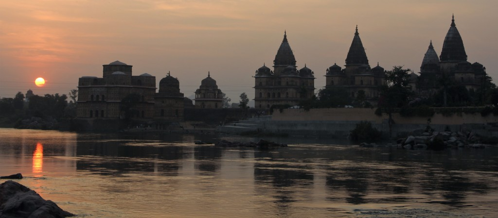 sunset, chhatri, orchha, madhya pradesh