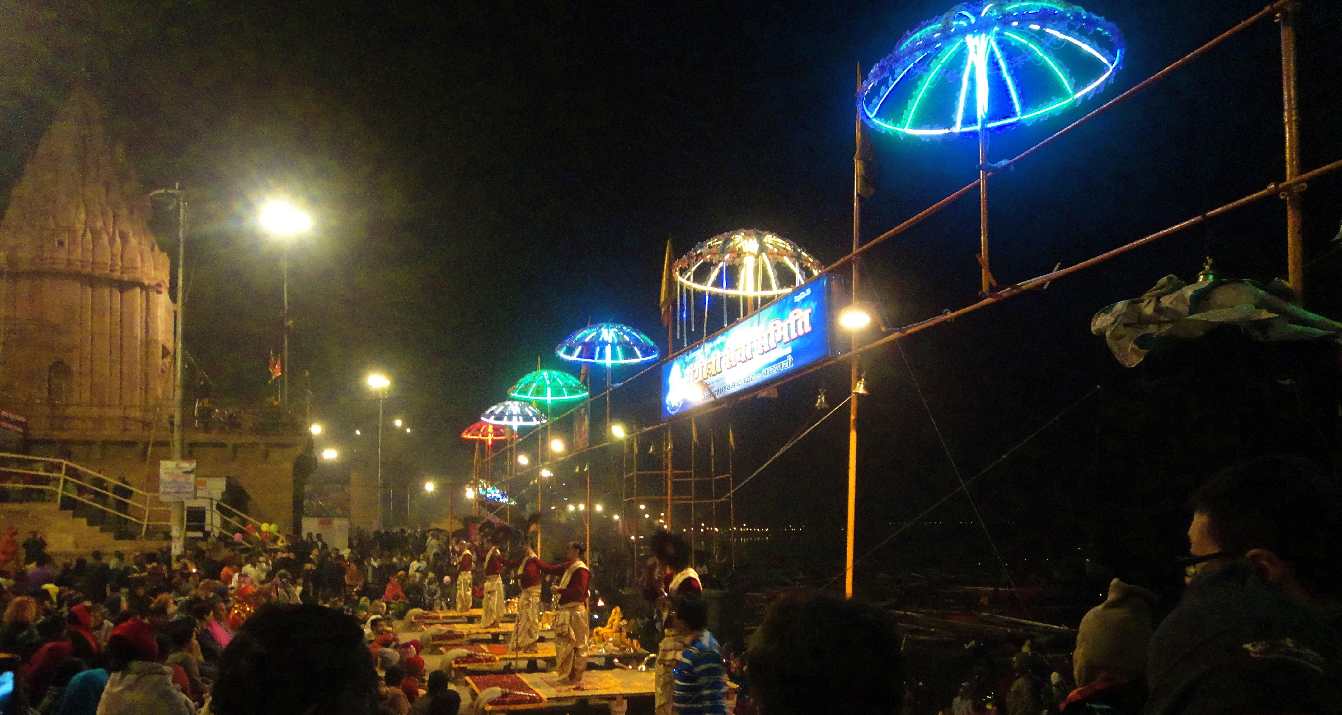 Ganga Aarti, Dashashwamedh Ghat