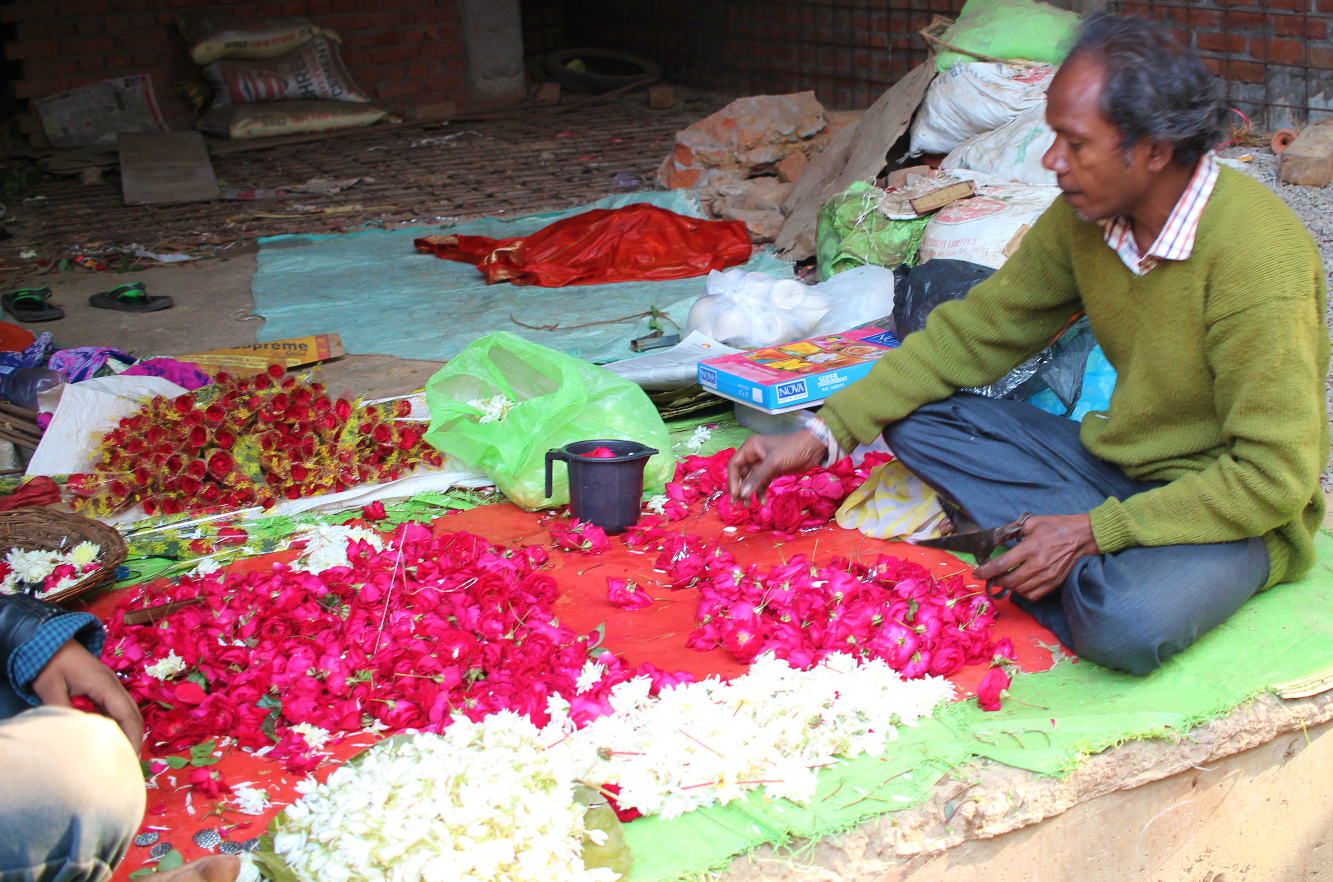 phool wali gali, chowk, lucknow, uttar pradesh, india