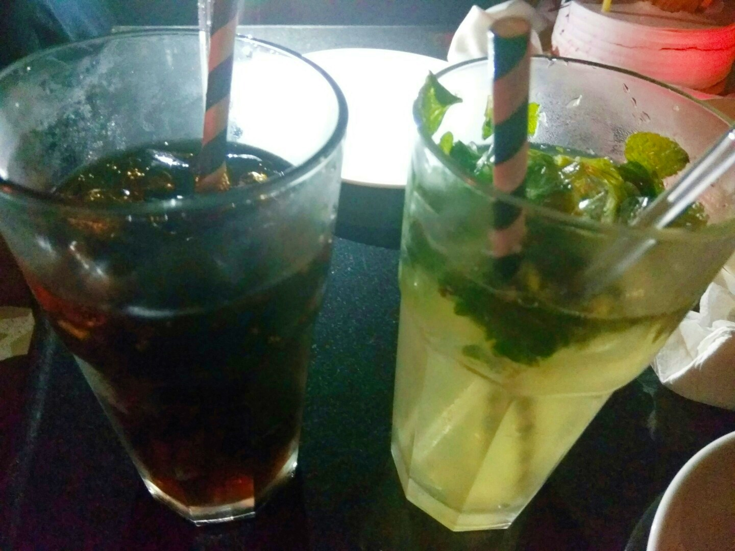 cheers, sightseeing, saraca, lebua, lucknow, uttar pradesh, india, long island iced tea, mojito