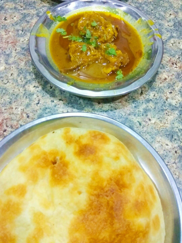 Mutton Nahari, Qulcha. raheem qulcha nahari, chowk, lucknow, uttar pradesh, india