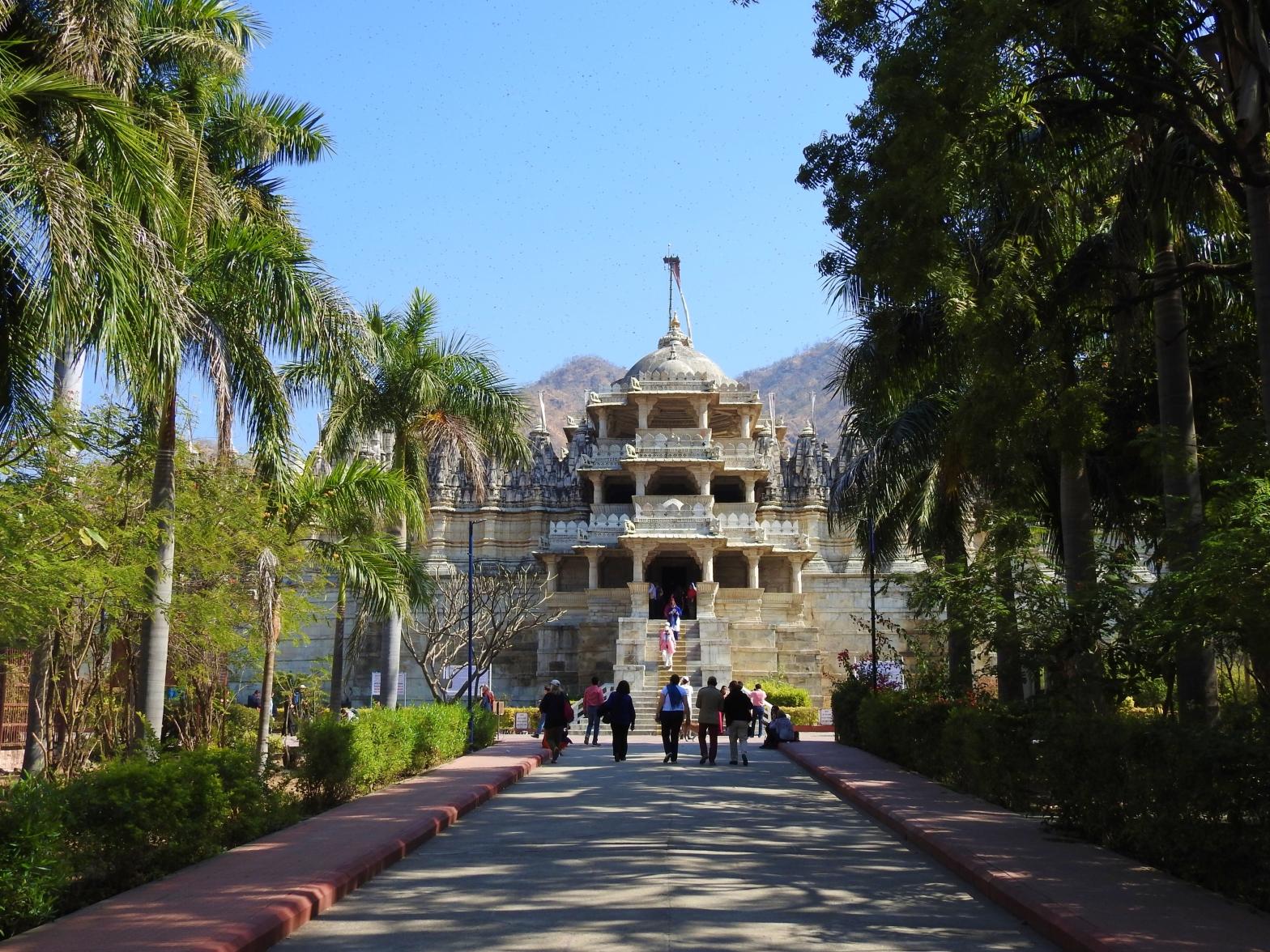 ranakpur jain temple, ranakpur, rajasthan, india
